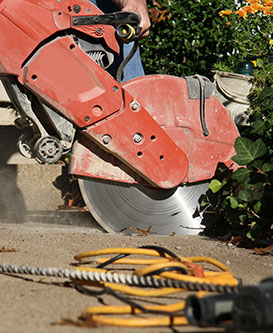 chain sawing